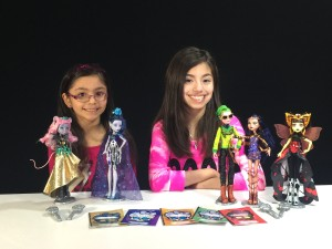 KidToyTesters Yumiko and Sachiko with Monster High Boo York Dolls